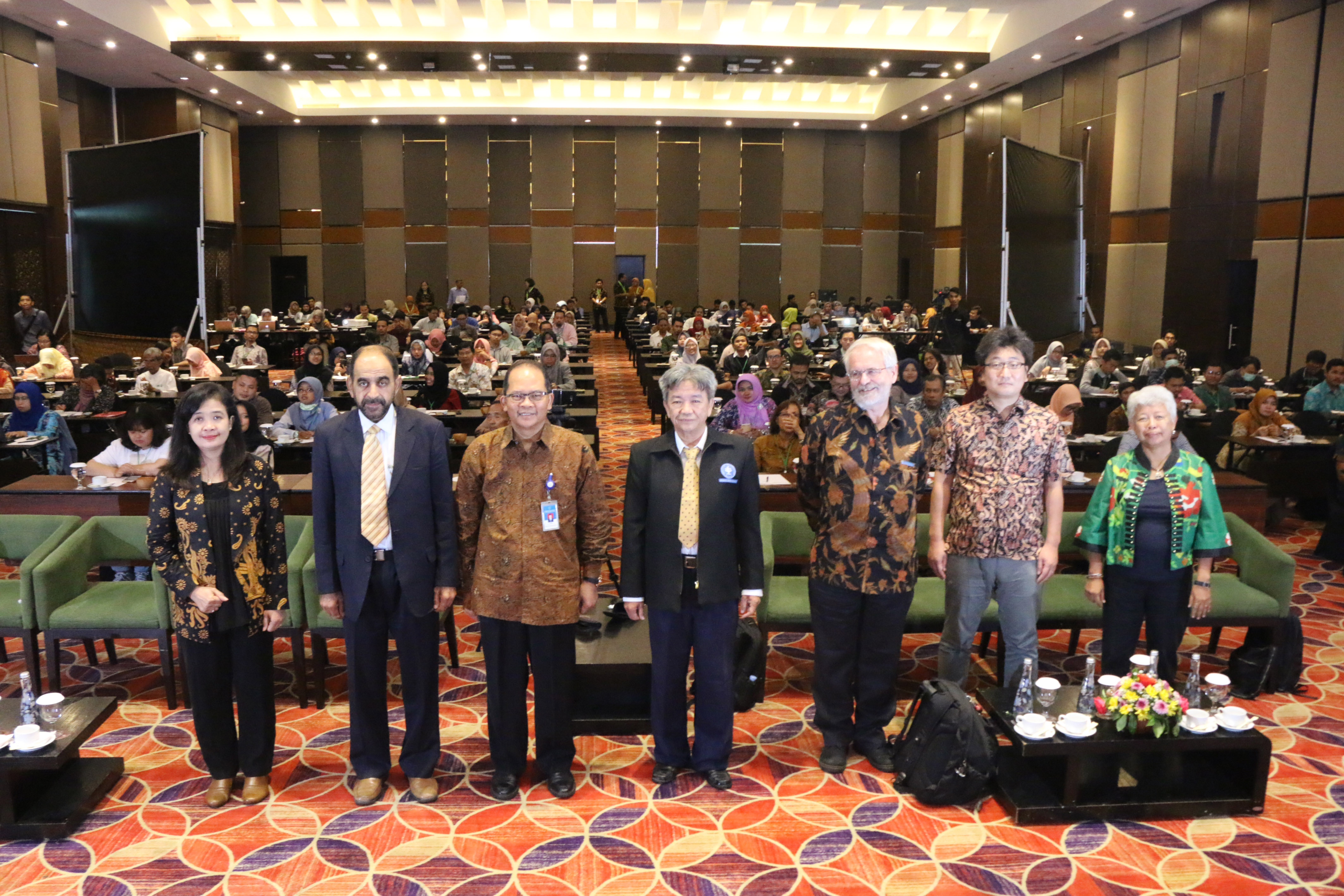 Wefie speakers and participants